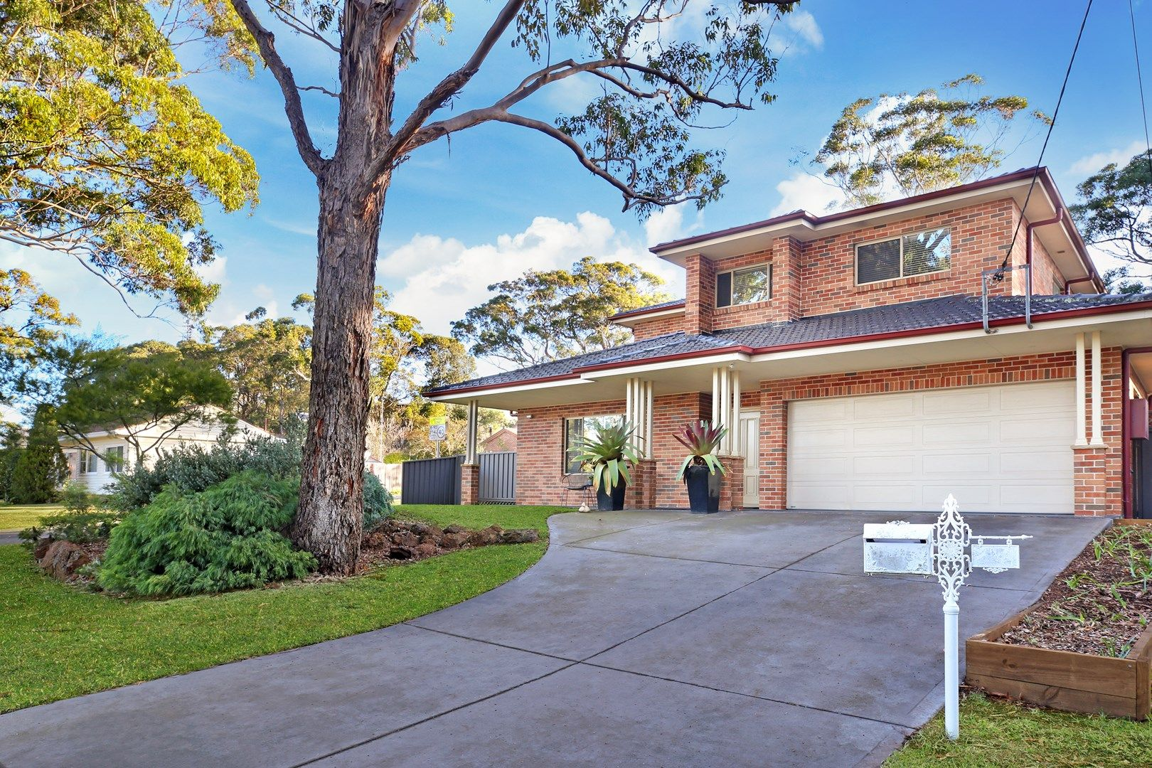 37 Forest Road, Heathcote NSW 2233, Image 0