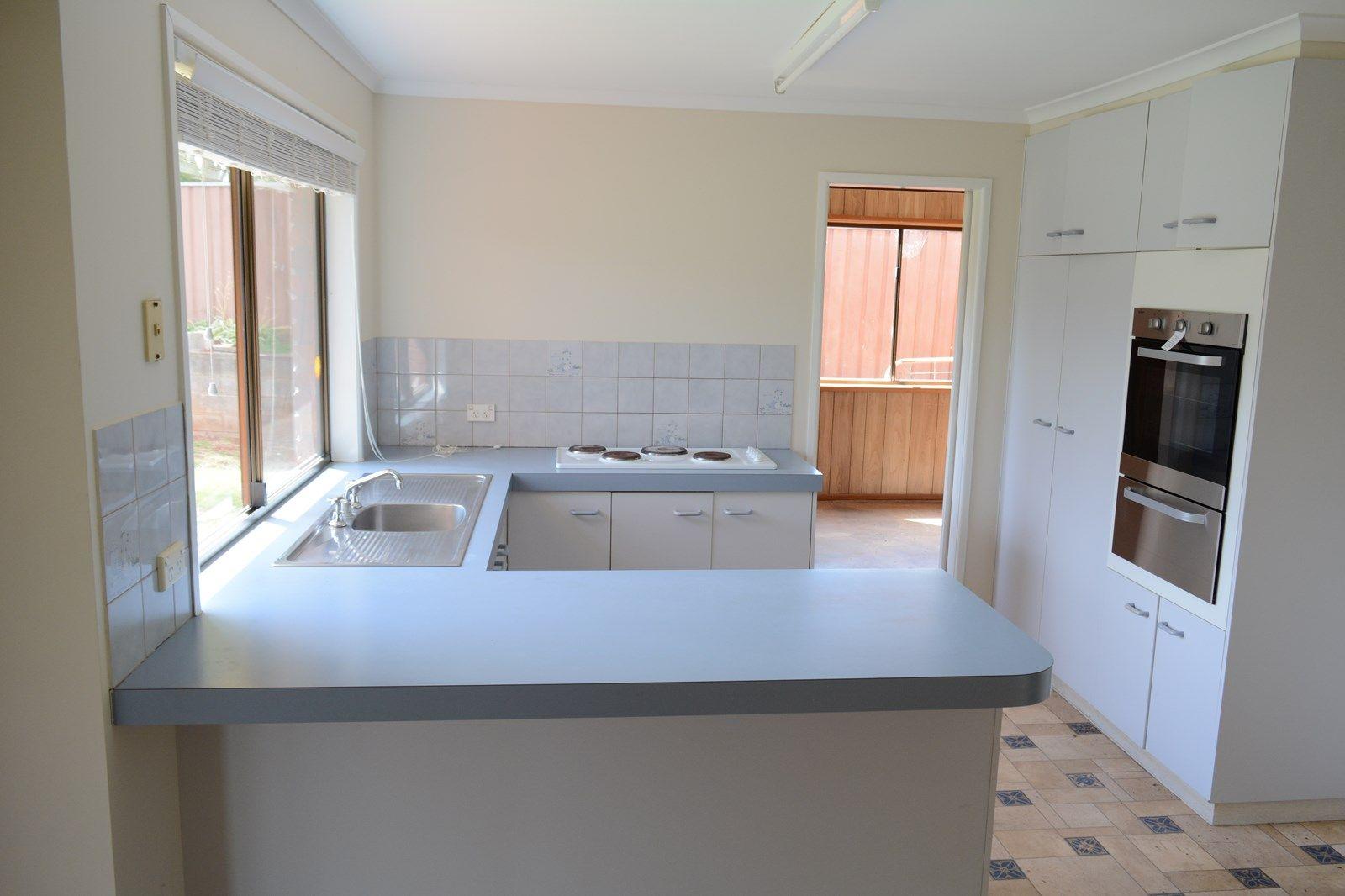 16 Coolawin Street, Wilsonton QLD 4350, Image 1