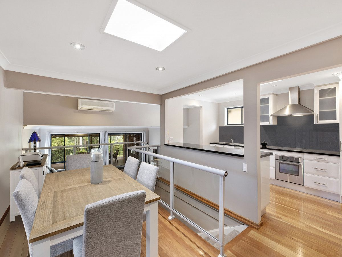 27 Plymouth Drive, Wamberal NSW 2260, Image 2