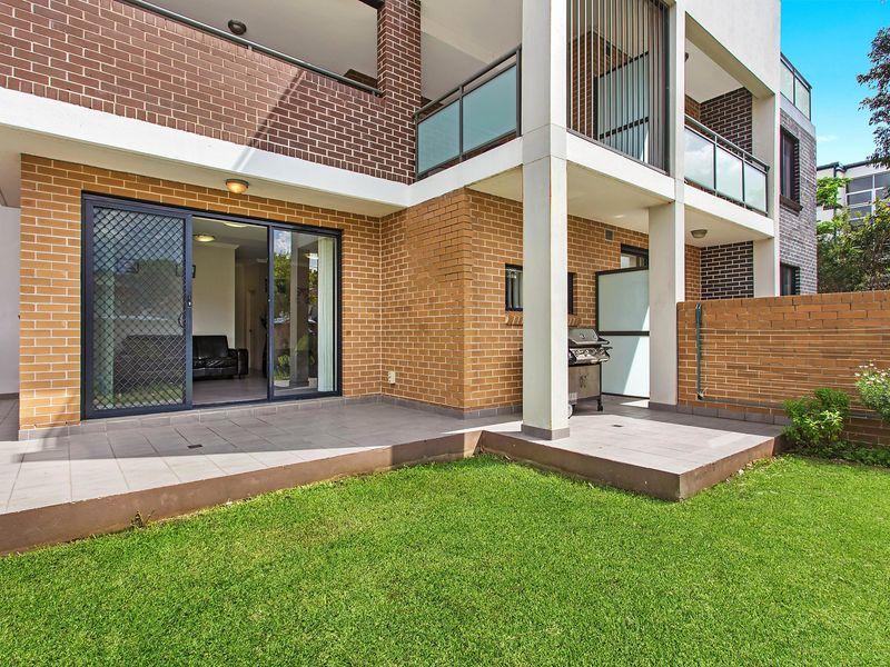 2/213 William Street, Granville NSW 2142, Image 0