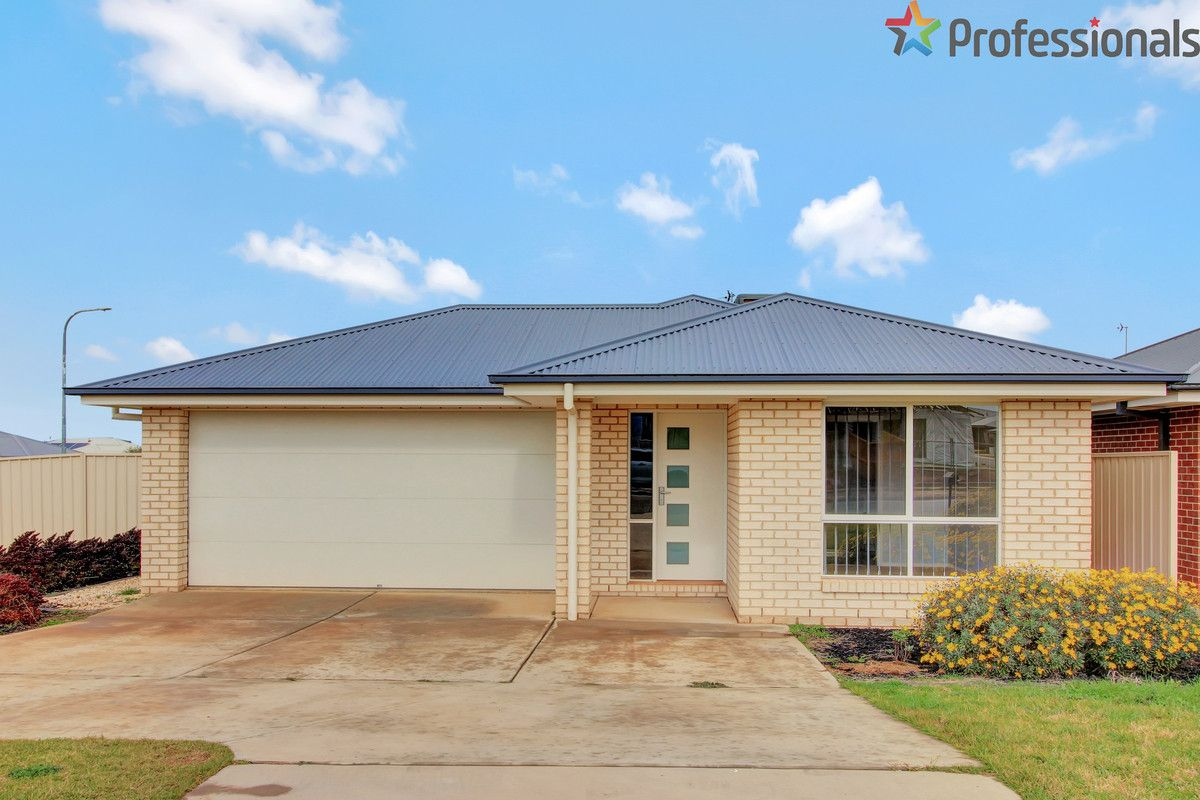 37 Cootamundra Boulevarde, Gobbagombalin NSW 2650, Image 0