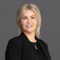 Fiona Wellington, Sales representative