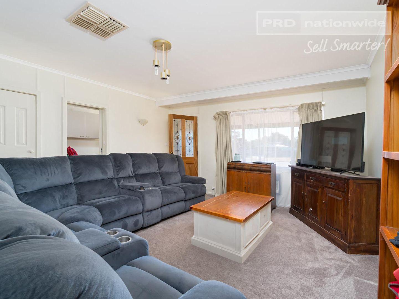 10 Ferrier Street, Lockhart NSW 2656, Image 2
