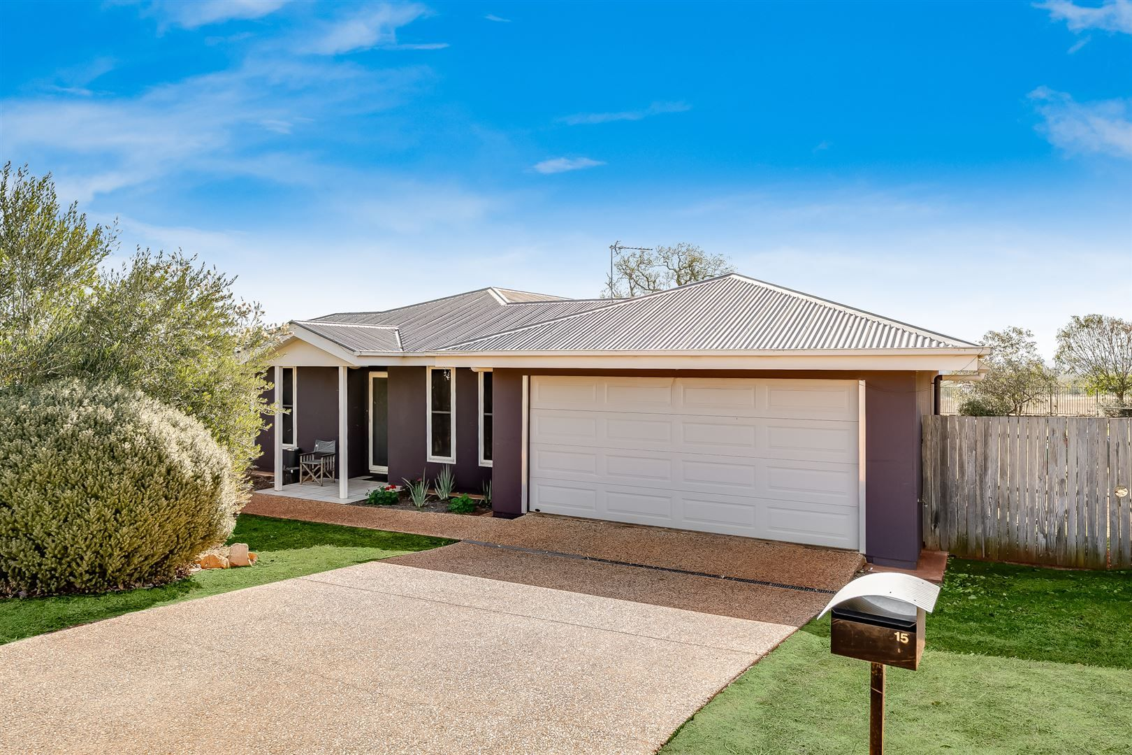 15 Campbell Drive, Highfields QLD 4352, Image 0