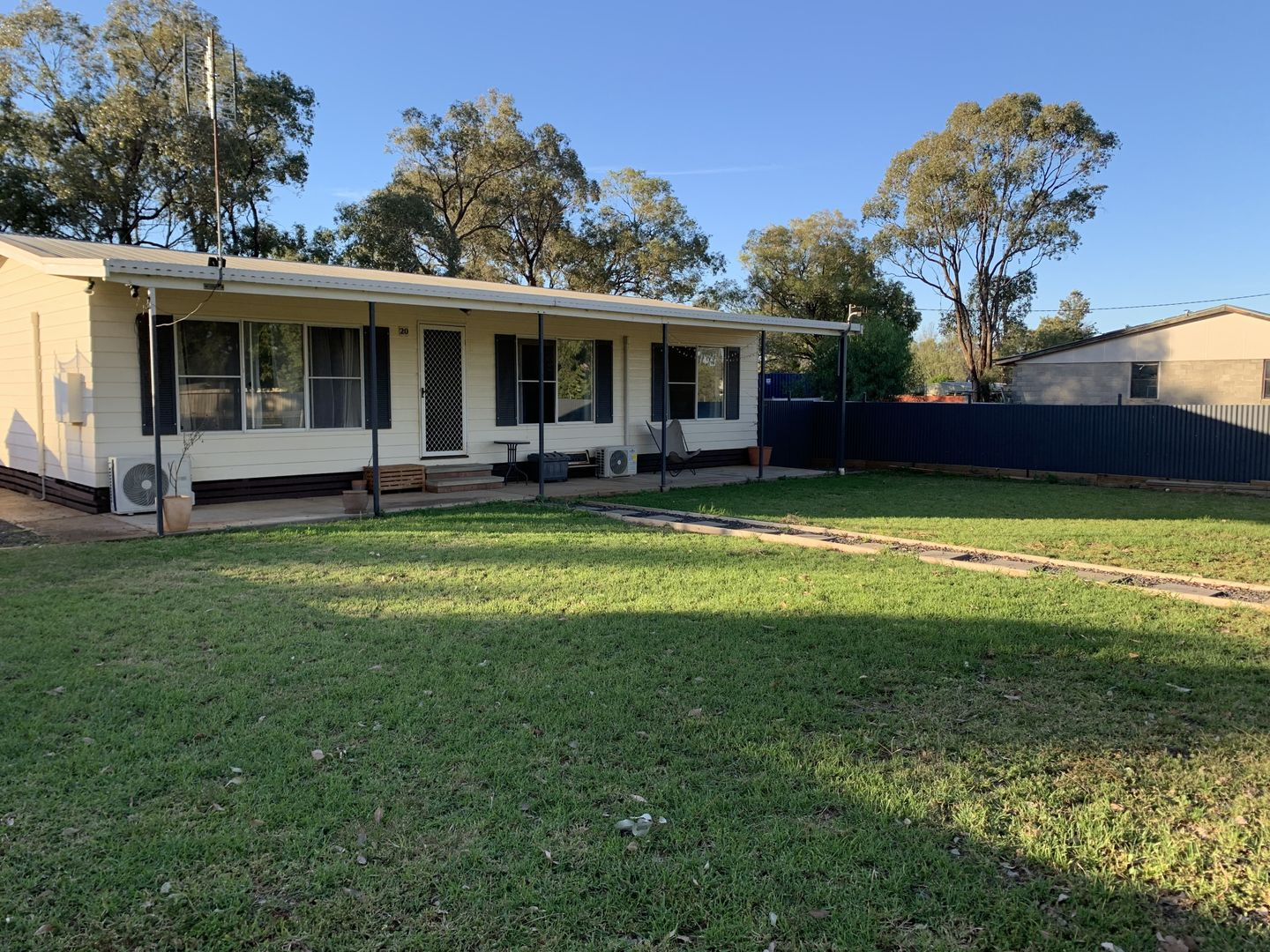 18-20 Pine St, Curlewis NSW 2381, Image 1