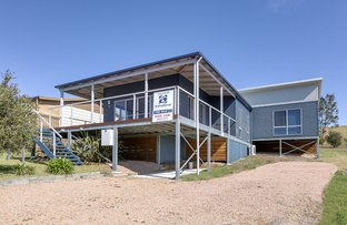 Picture of 38 Albatross Road, Lakes Entrance VIC 3909