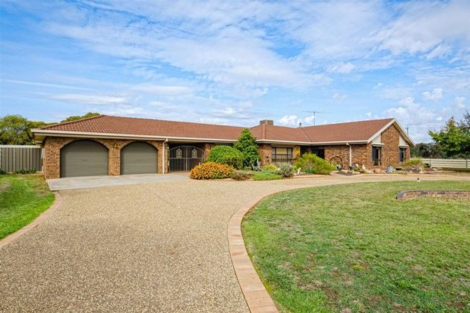 Picture of 51 Third Avenue, HENTY NSW 2658