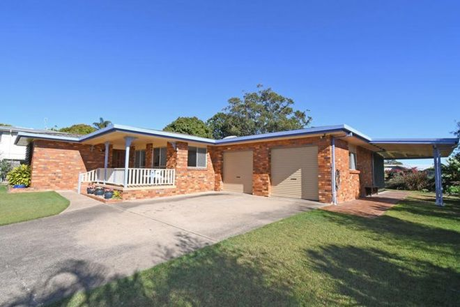 Picture of 9 Winbirra Way, SCARNESS QLD 4655