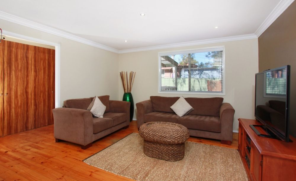 75 Warburton Crescent, Werrington County NSW 2747, Image 2