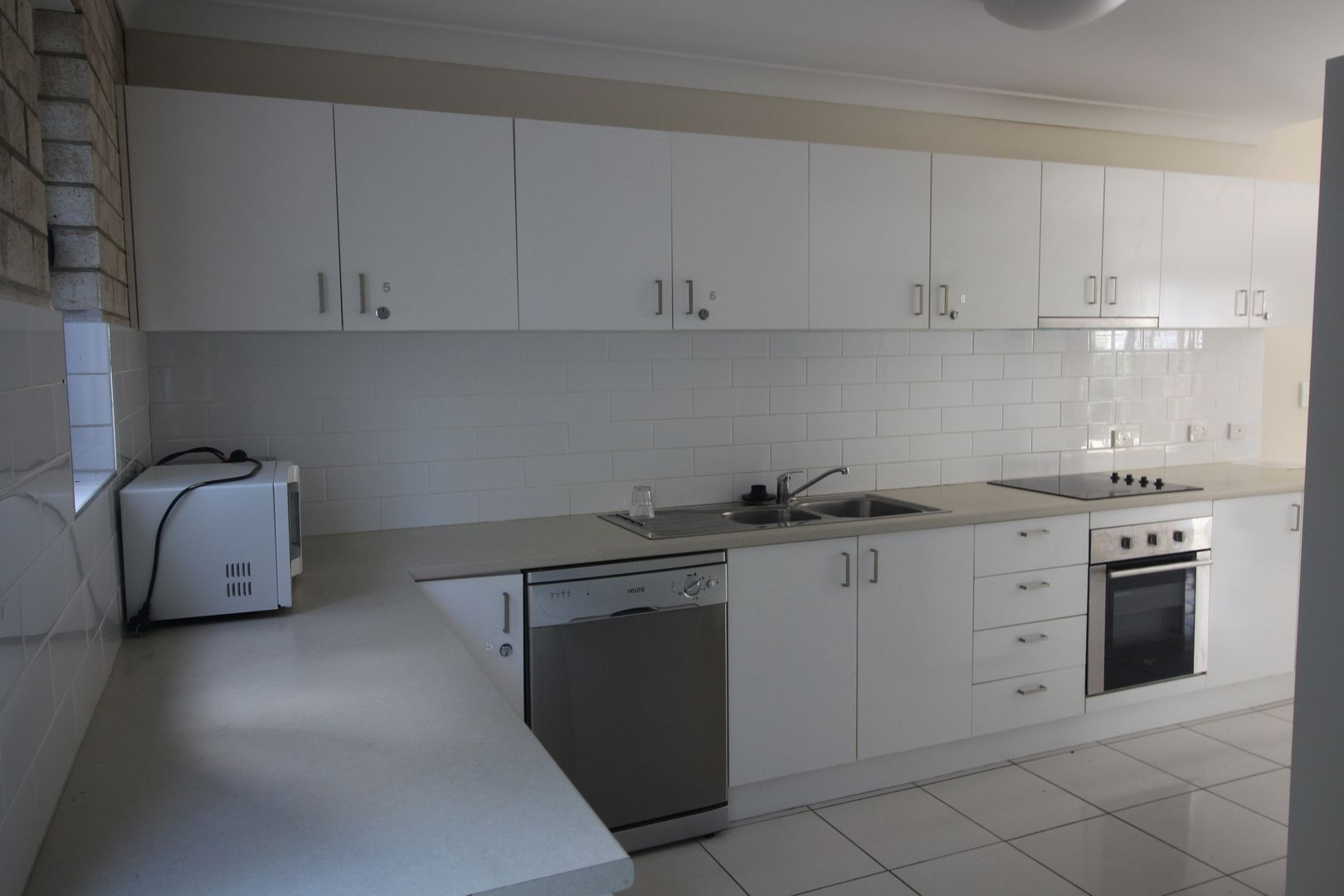 58 Kate Street, Woody Point QLD 4019, Image 2