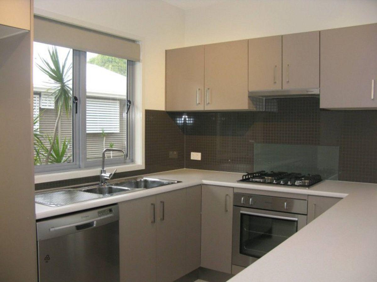 2/331 Anzac Avenue, Kippa-Ring QLD 4021, Image 1