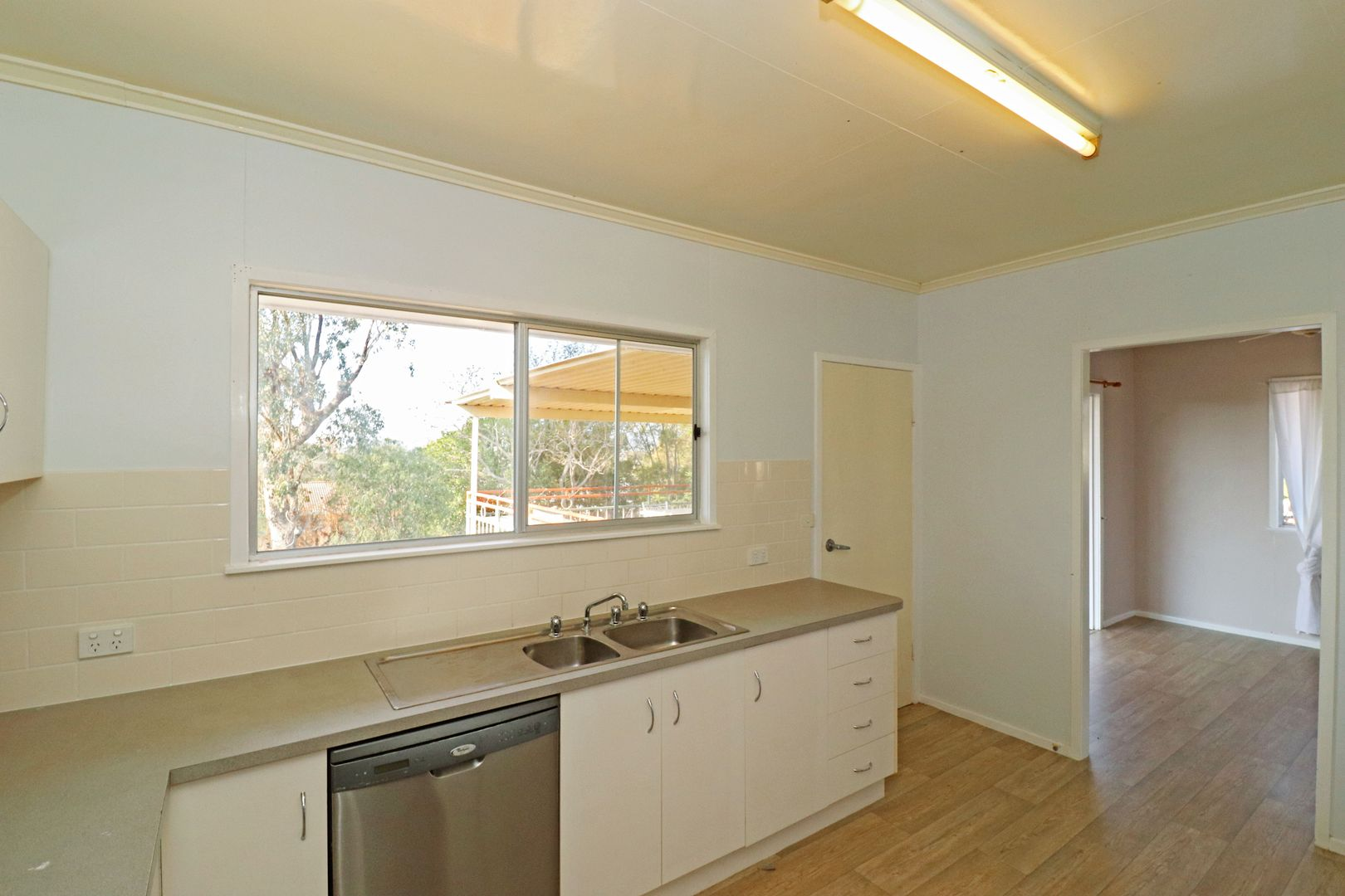 5 Wilkinson Street, Warwick QLD 4370, Image 2