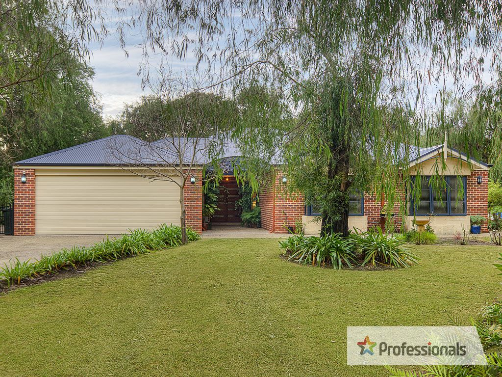 33 Angus Close, Bovell WA 6280, Image 0