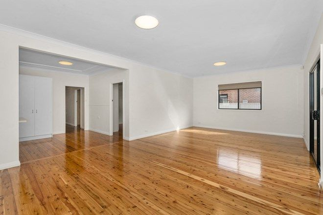 Picture of 79 Macquarie Street, CHIFLEY NSW 2036