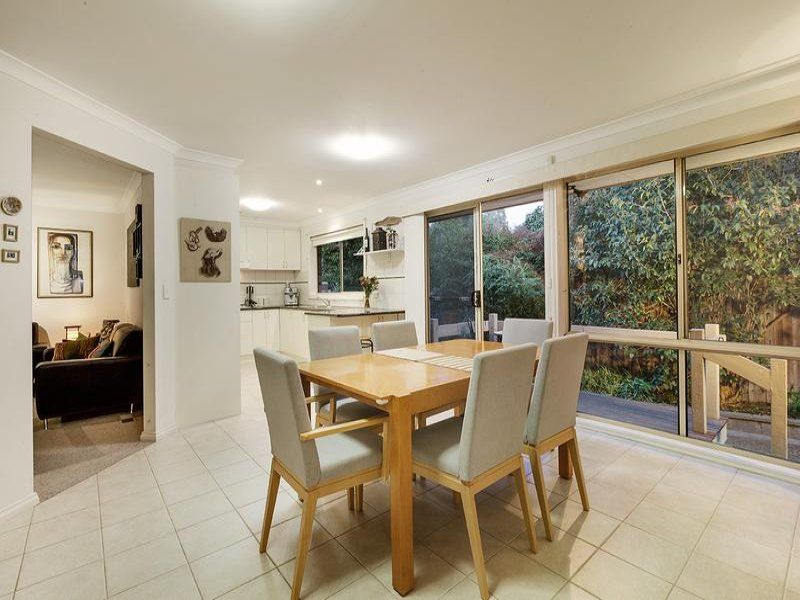 2/29 Cherry Street, MacLeod VIC 3085, Image 2