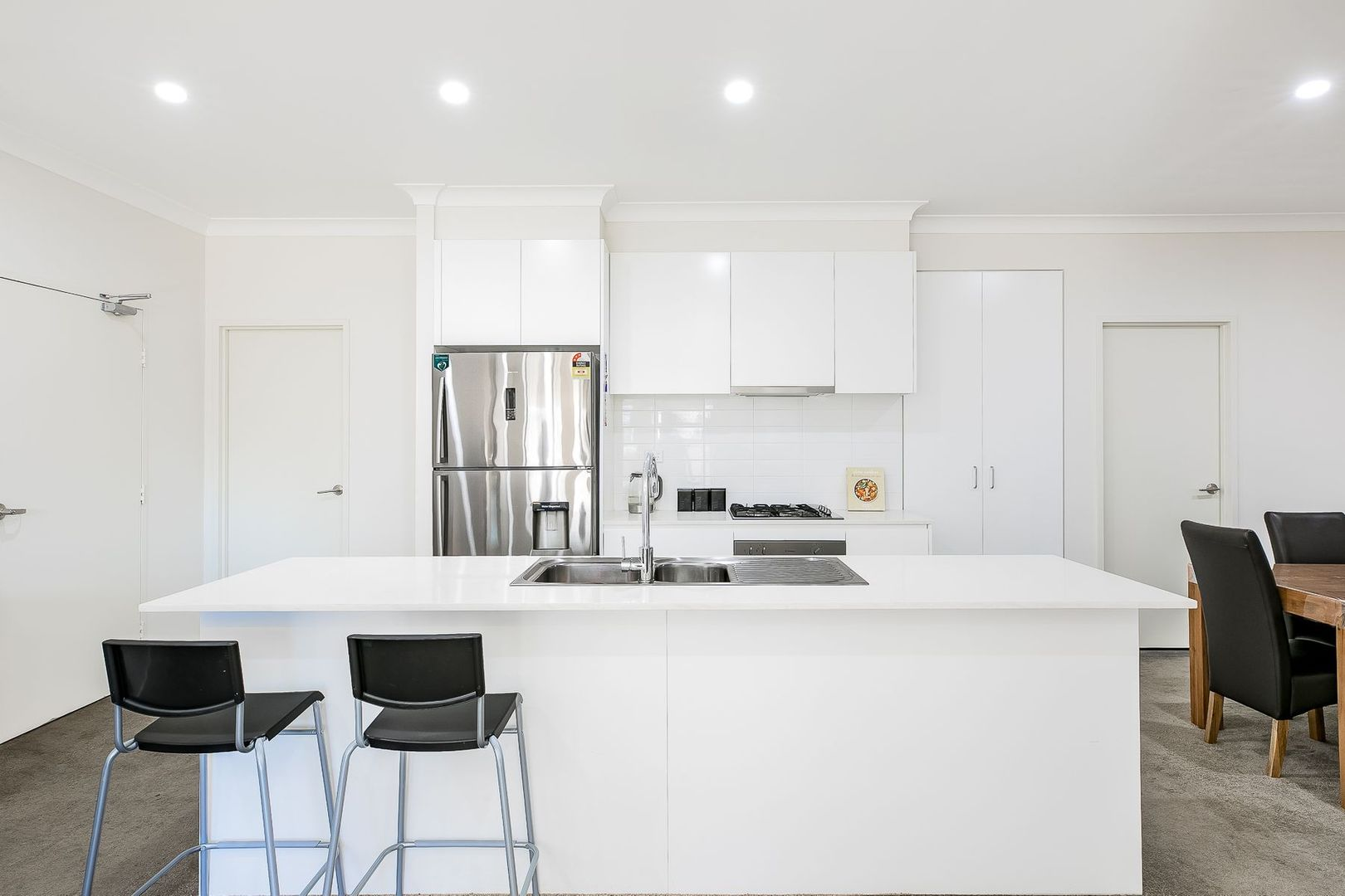 8/26 Tyler Street, Campbelltown NSW 2560, Image 0