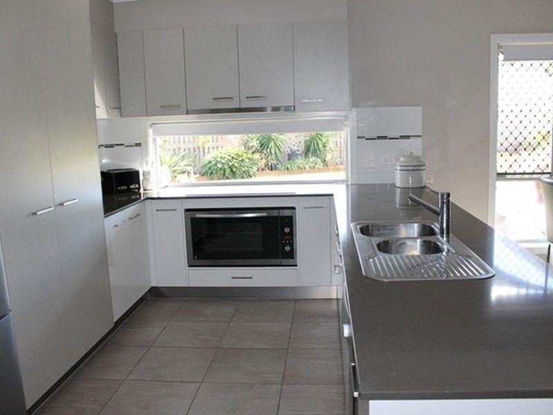 3 Kurwongbah Street, Boyne Island QLD 4680, Image 2