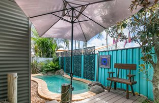 Picture of 56 Louis Street, Wynnum QLD 4178