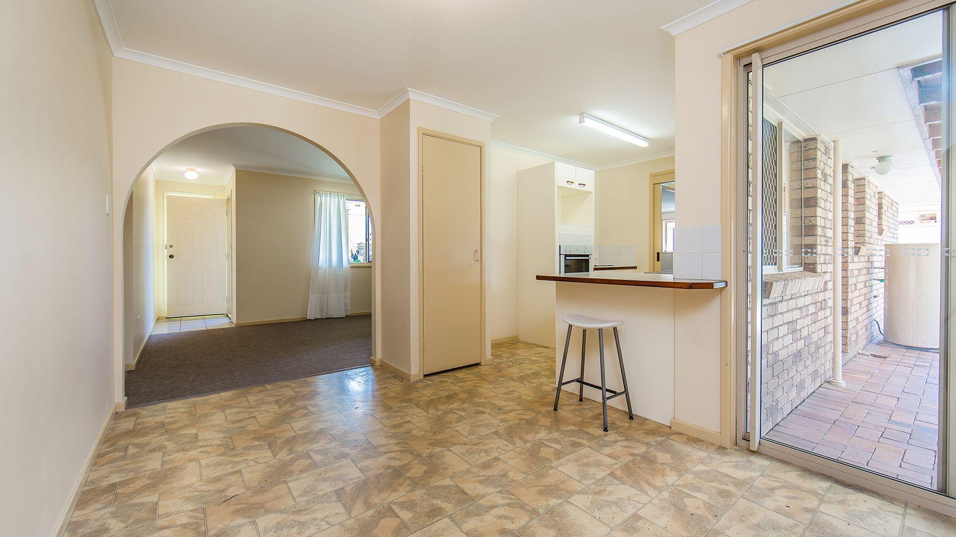 4 Halyard Court, Deception Bay QLD 4508, Image 2