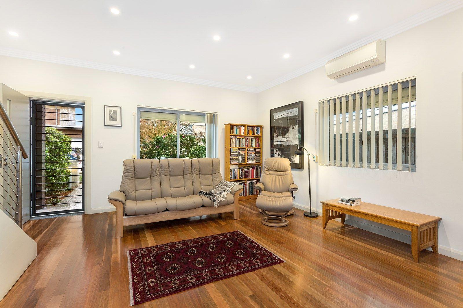 16 Dunkeld Avenue, Hurlstone Park NSW 2193, Image 2