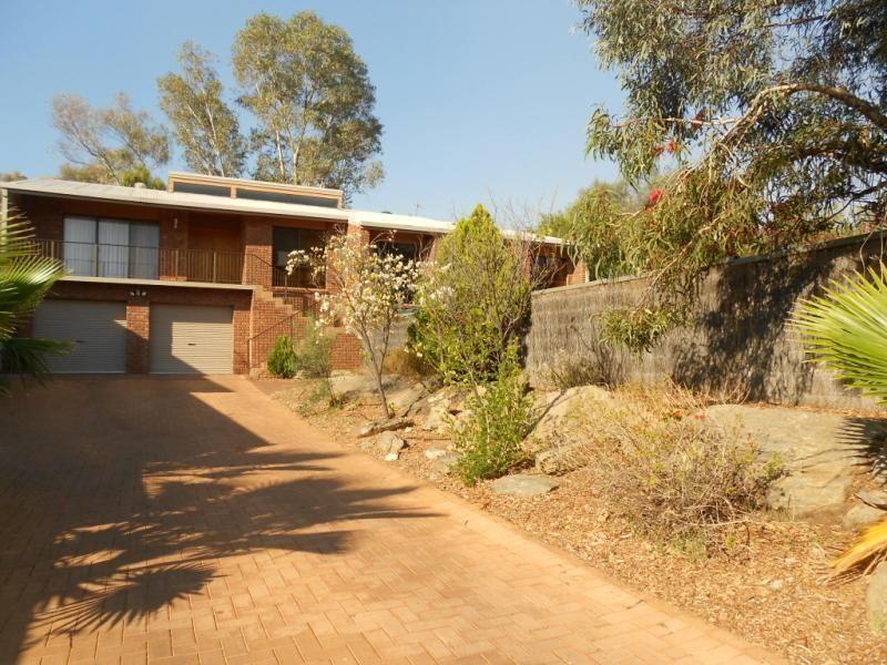61 Cromwell Drive, Desert Springs NT 0870, Image 0