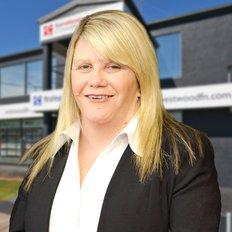 Rachael Kapitelli, Sales representative