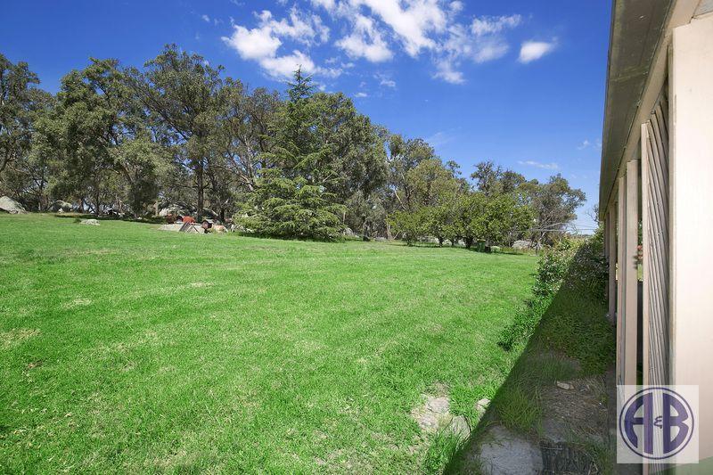 89 Devoncourt Road, Uralla NSW 2358, Image 1