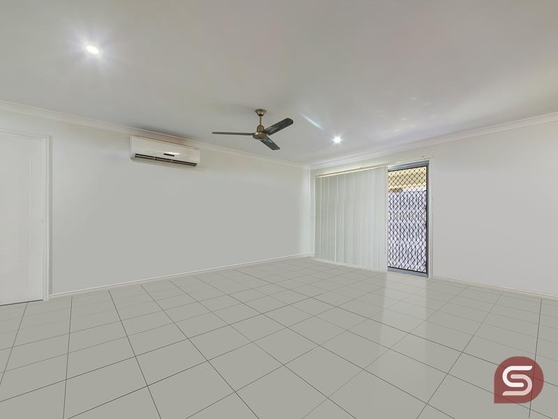 7 Cyan Ct, Morayfield QLD 4506, Image 2