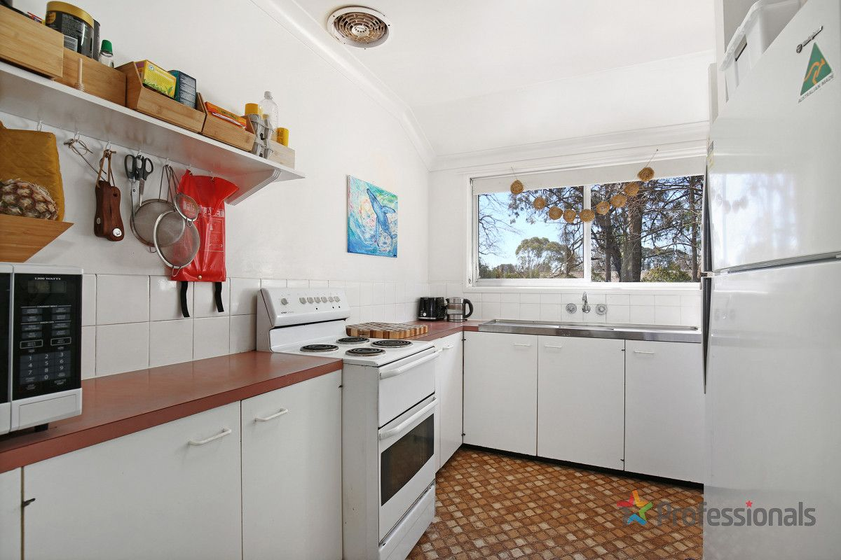 2/21 Short Street, Armidale NSW 2350, Image 2