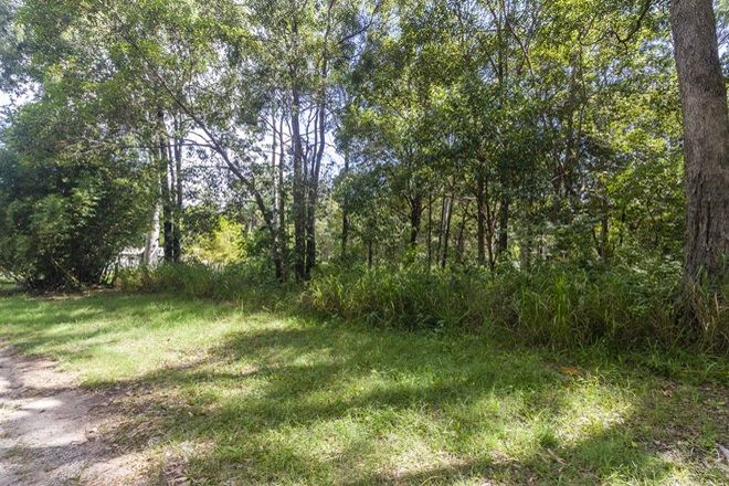 Picture of 26 Pookanah St, RUSSELL ISLAND QLD 4184