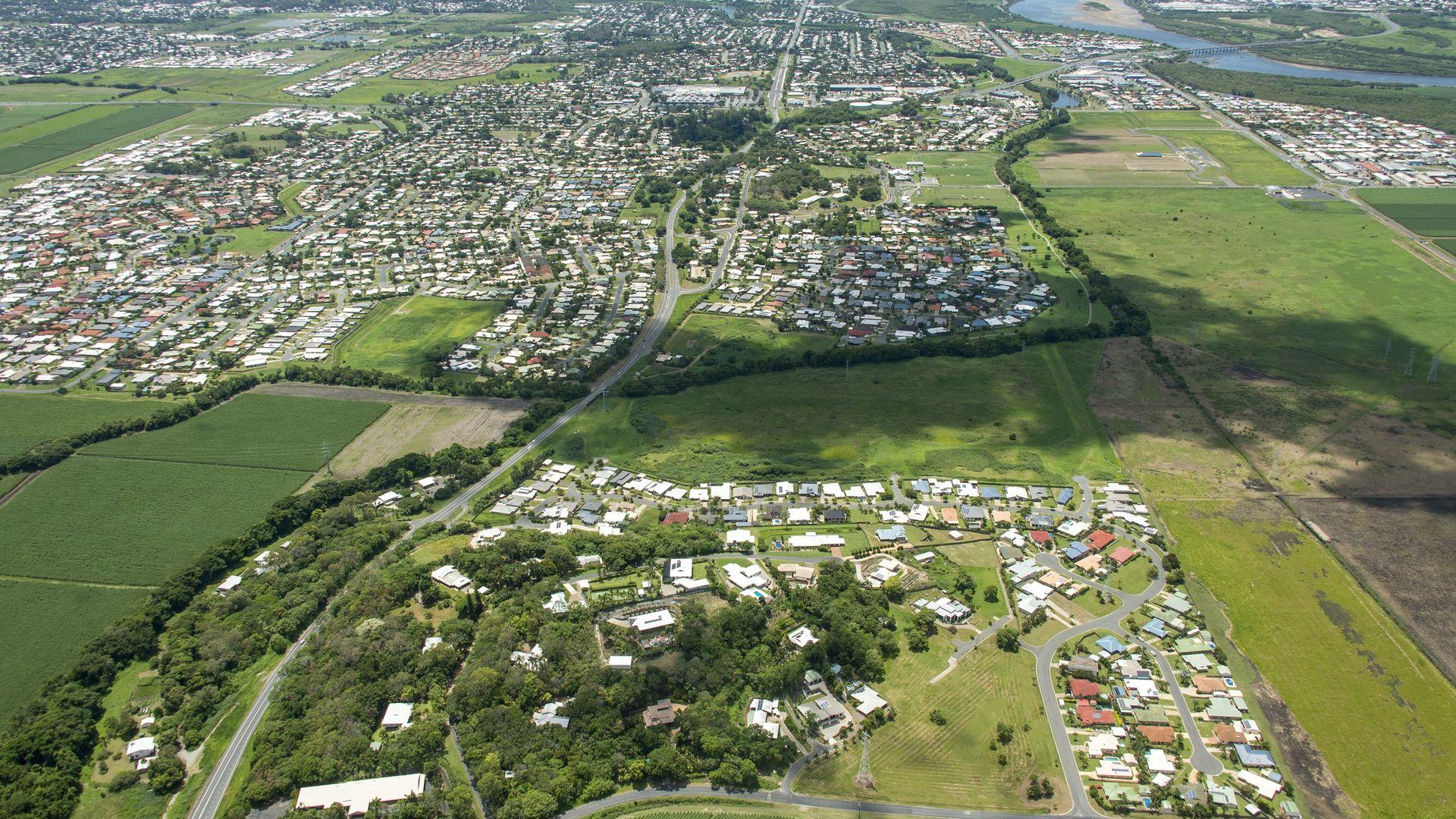 4B Wrights Rd, Glenella QLD 4740, Image 2