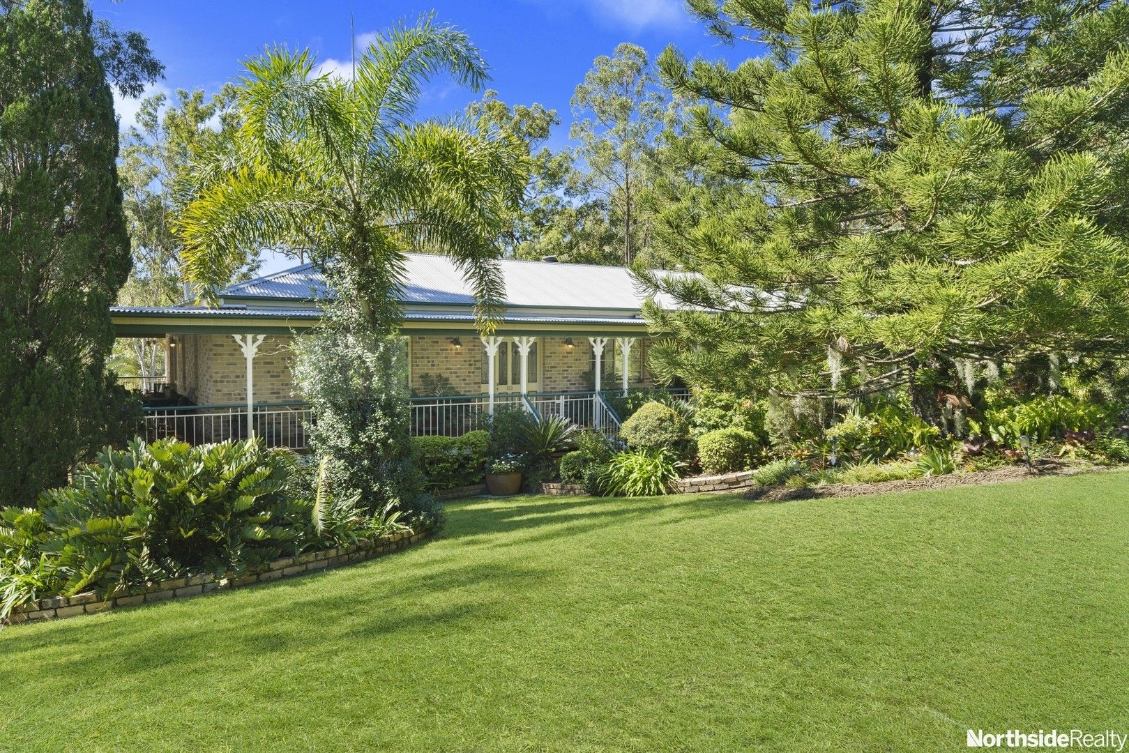 16 Montego Court, Eatons Hill QLD 4037, Image 0