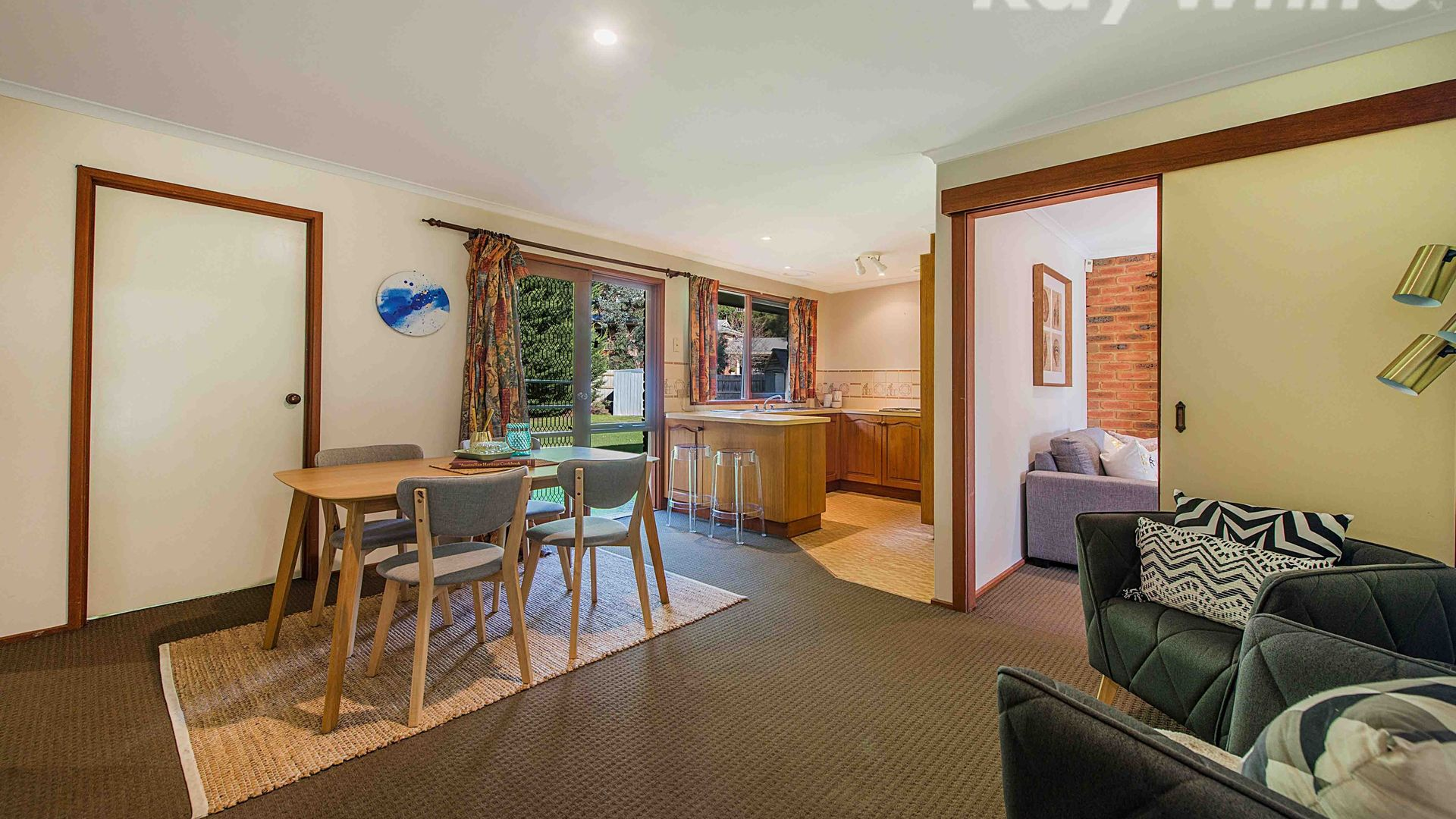 8 Marong Court, Boronia VIC 3155, Image 2