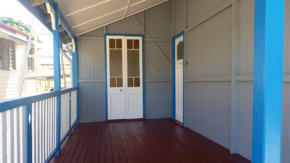 12 Cornes Street, Mount Morgan QLD 4714, Image 2