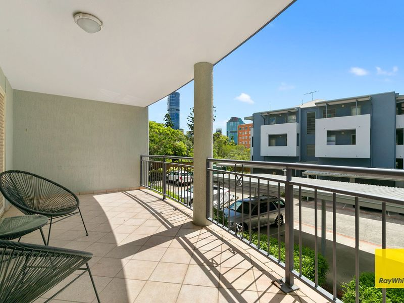 2/446 Main Street, Kangaroo Point QLD 4169, Image 0