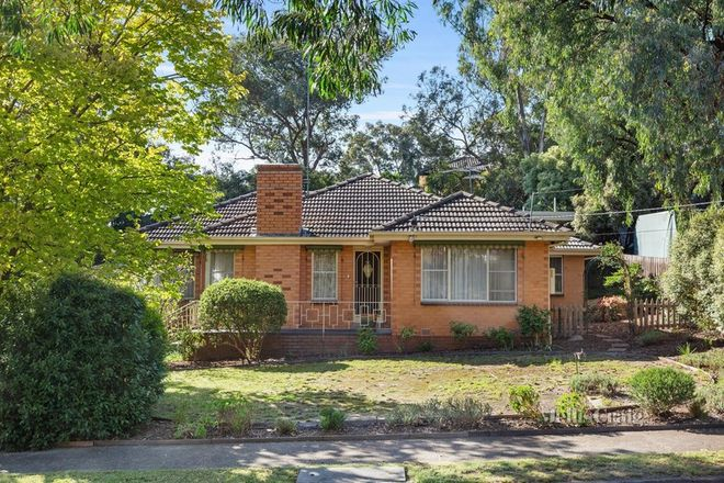 Picture of 7 Suzanne Court, BRIAR HILL VIC 3088