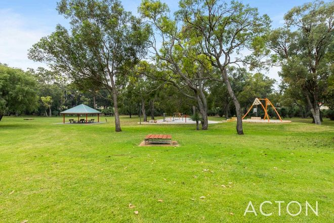 Picture of 4 Bronte Court, LAKE COOGEE WA 6166