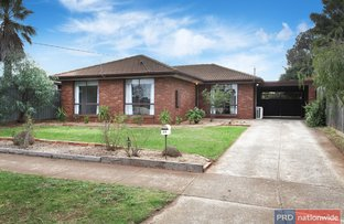 Picture of 33 Lachlan Road, Melton South VIC 3338