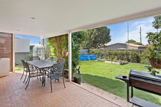 Picture of 16 Robb Street, OAKEY QLD 4401