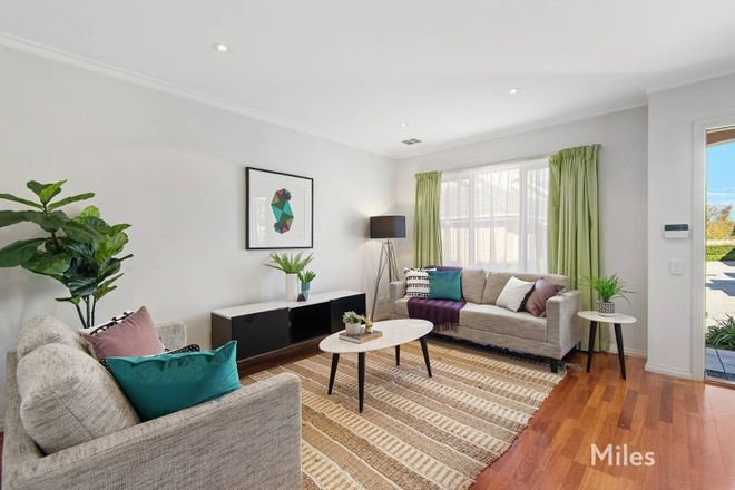 Picture of 4/22 Oriel Road, IVANHOE VIC 3079