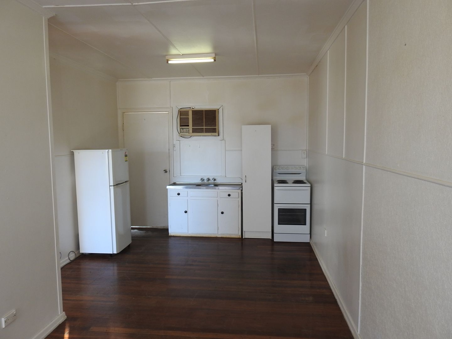 3/11 Bower Road, Longreach QLD 4730, Image 1