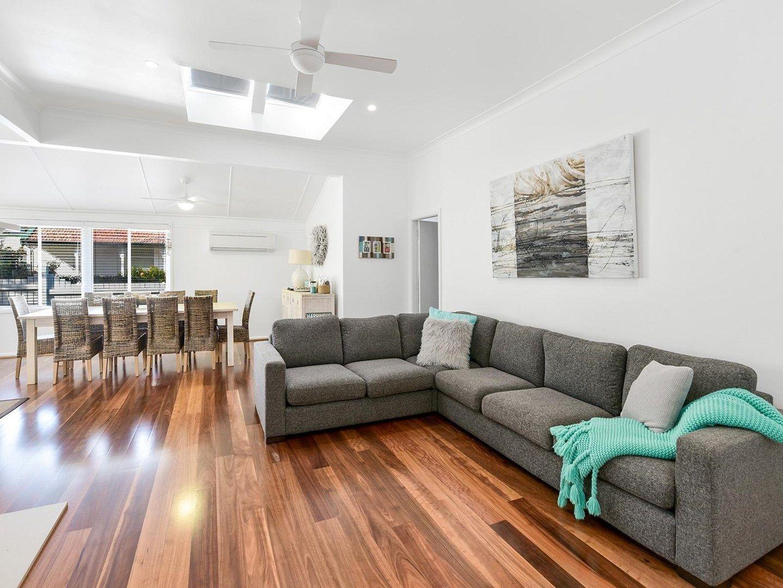 8 Charlton Street, Toowoon Bay NSW 2261, Image 0