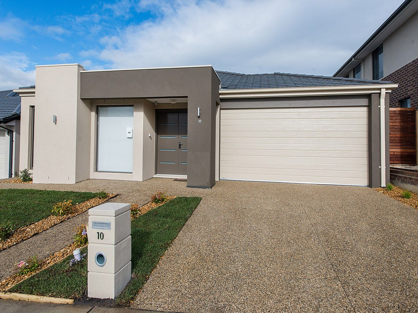 10 Wheelwright  Street, Clyde North VIC 3978, Image 0