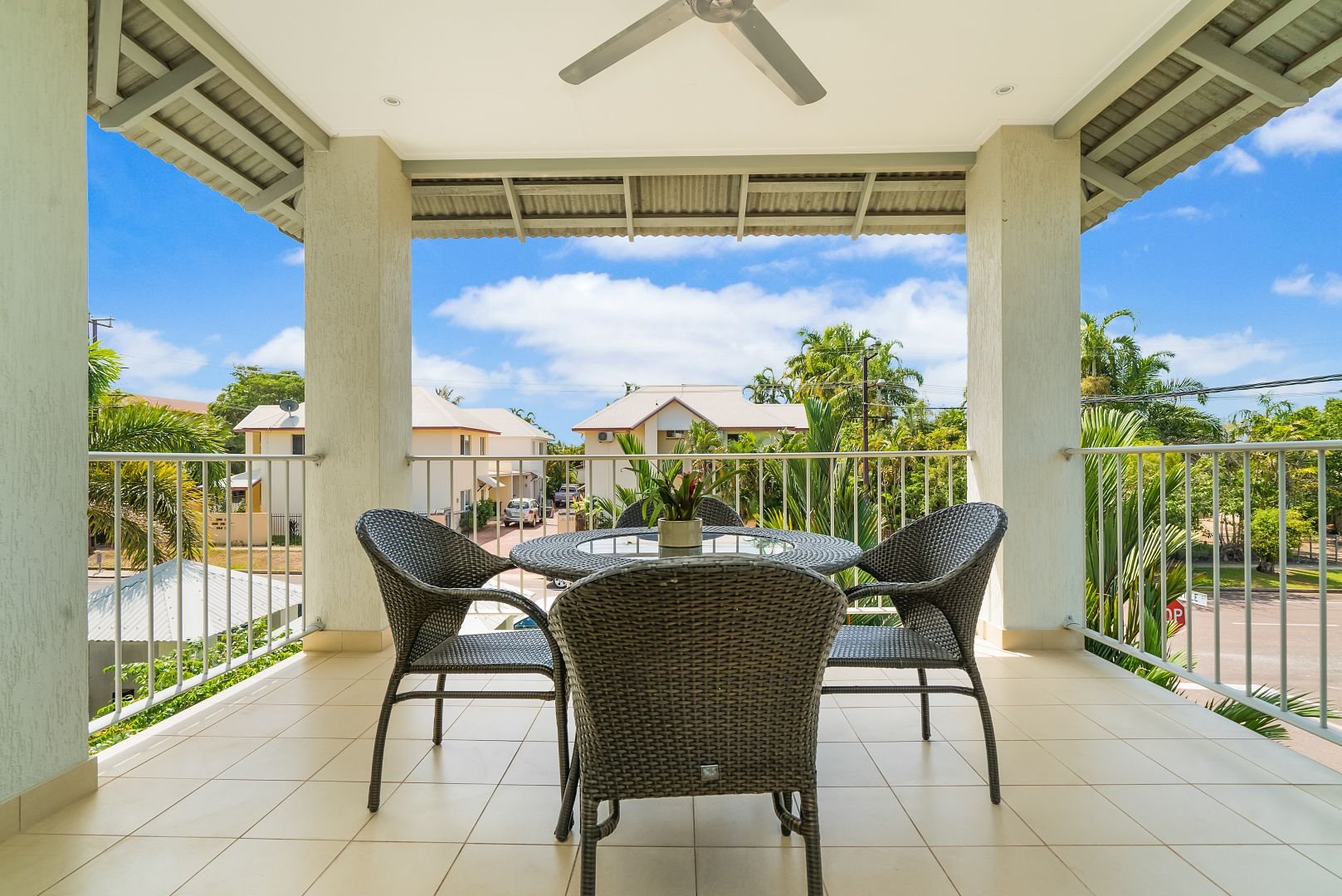 4/17 Gardens Hill Crescent, The Gardens NT 0820, Image 2