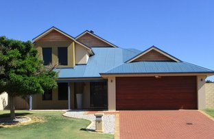 Picture of 19 Bantry Bend, Mindarie WA 6030
