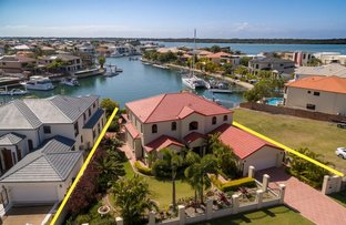 Picture of 20 The Peninsula, Sovereign Islands QLD 4216