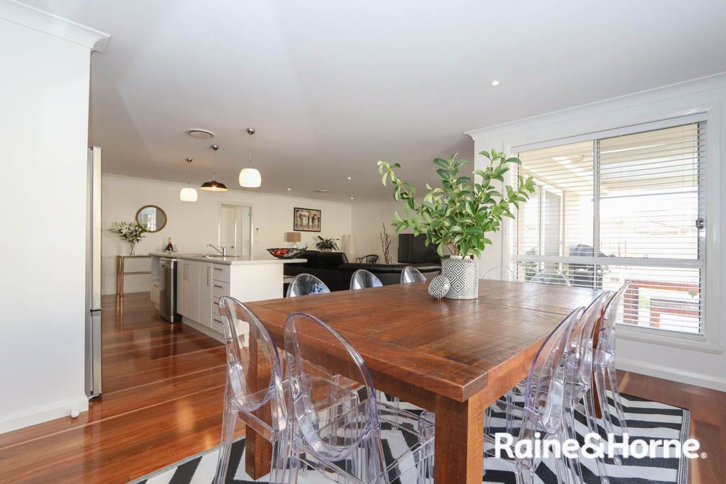 42 Cheviot Drive, Kelso NSW 2795, Image 2