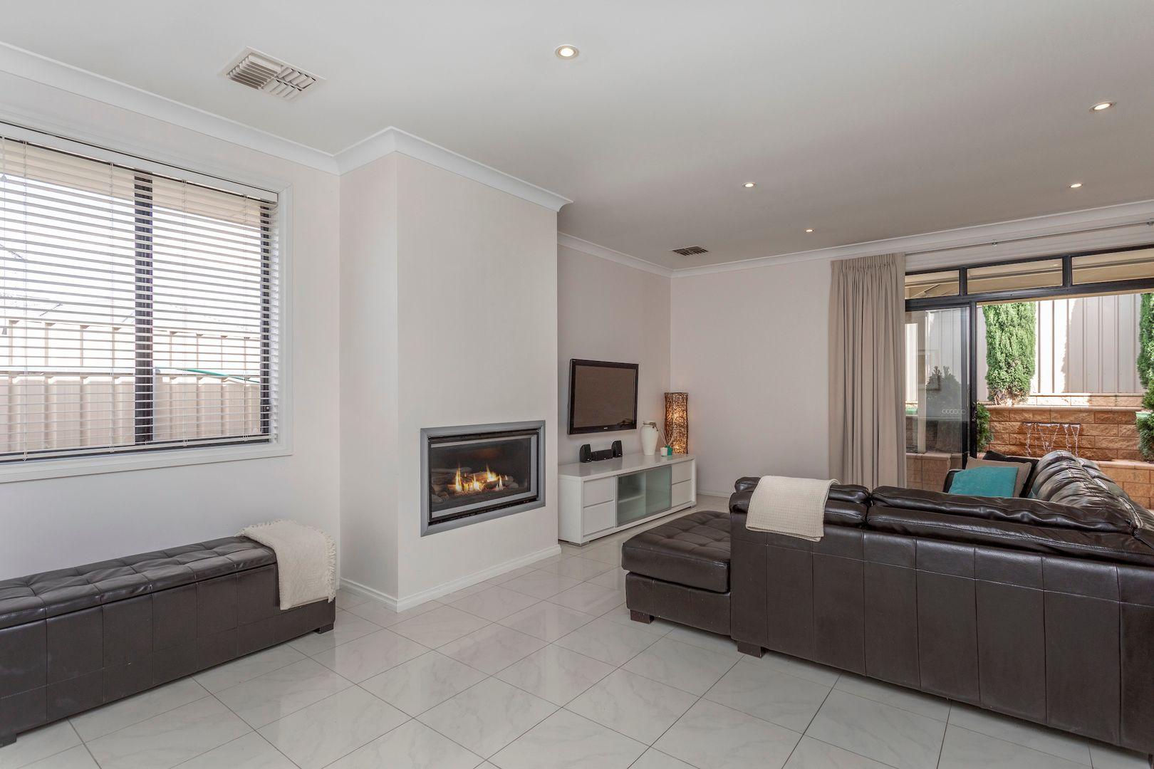 17 Hertford Place, Noarlunga Downs SA 5168, Image 0