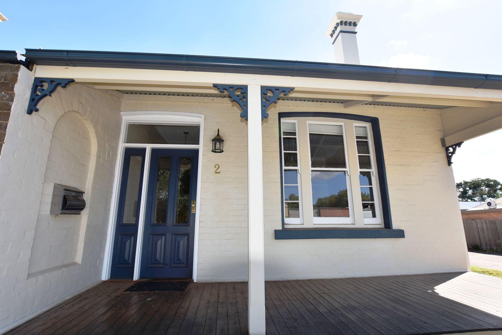 2 Hampden Avenue, Orange NSW 2800, Image 0