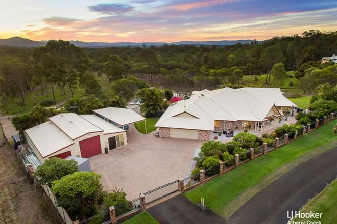 Picture of 36 Fischle Road, CASHMERE QLD 4500